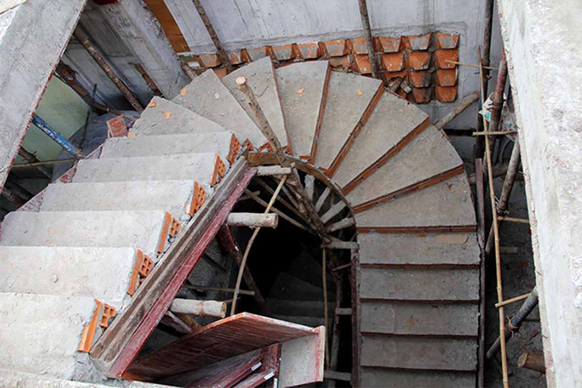 thi công cầu thang bê tông cốt thép
