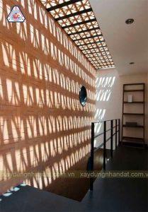 Mẫu thiết kế giếng trời trên cầu thang