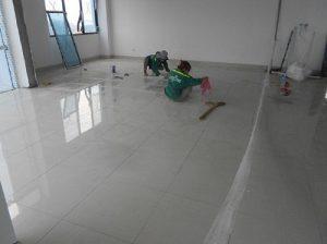 Kinh nghiệm thi công nhà dân dụngtrong công tác thi công lát gạch nền.