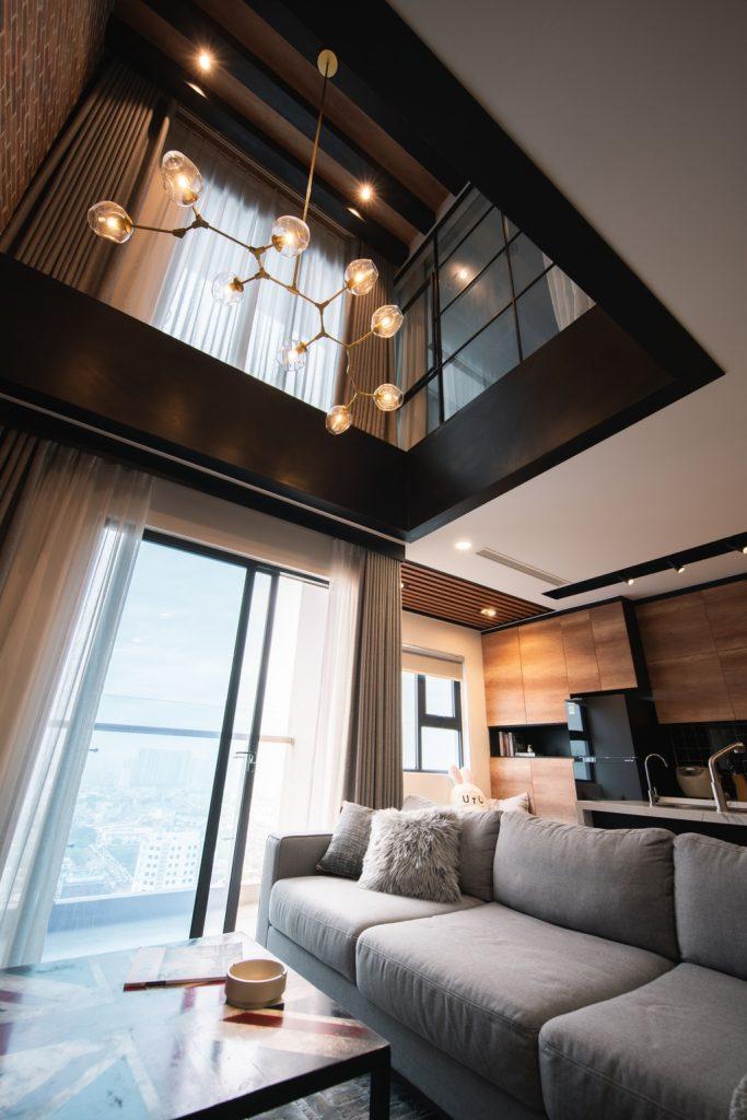 Thiết kế đèn trần nhà sang trọng
