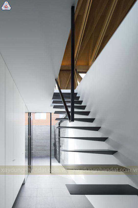 mẫu thiết kế cầu thang ấn tượng