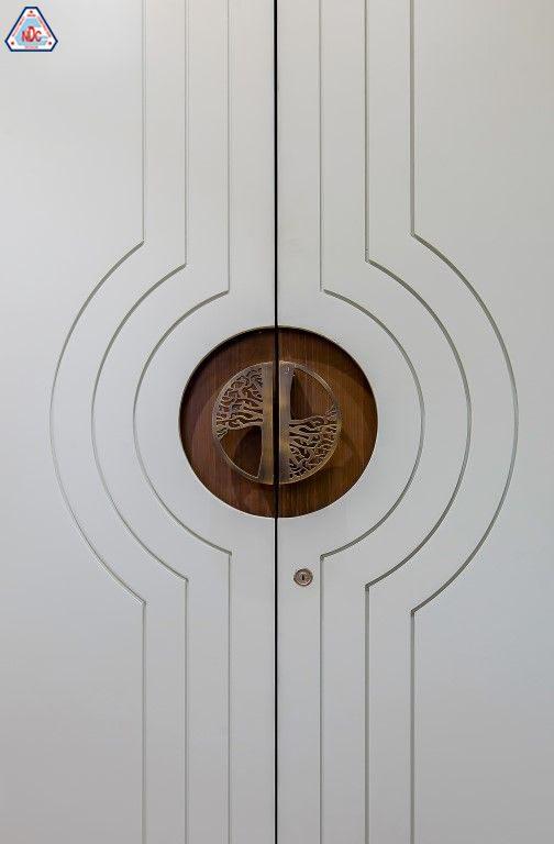 Thiết kế cửa nhà ấn tượng
