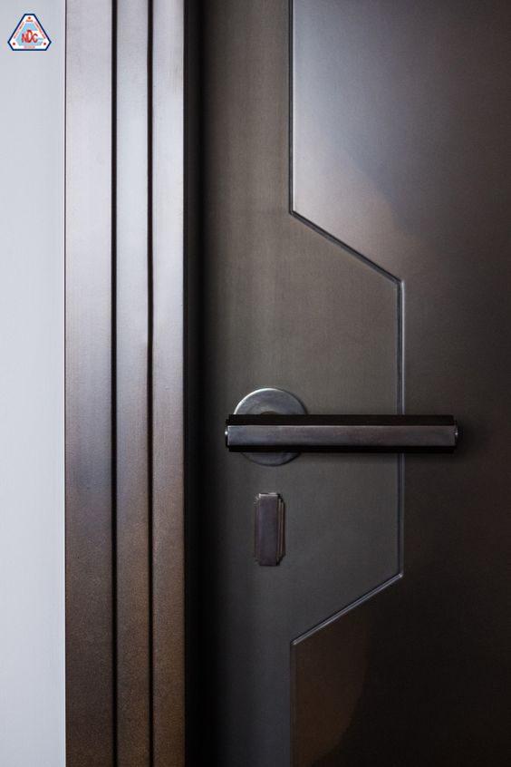 Tay nắm cửa đơn giản
